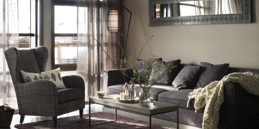 Interiørbilde av stue i hotellsuite på Norefjell Ski & Spa